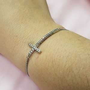 Cross braclet